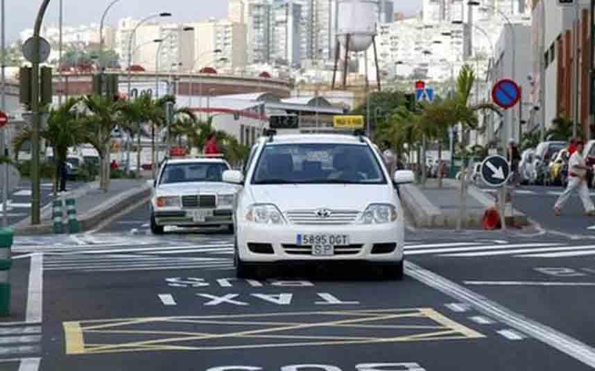Élite Taxi Tenerife no acudirá a la mesa del taxi convocada por Tele Taxi