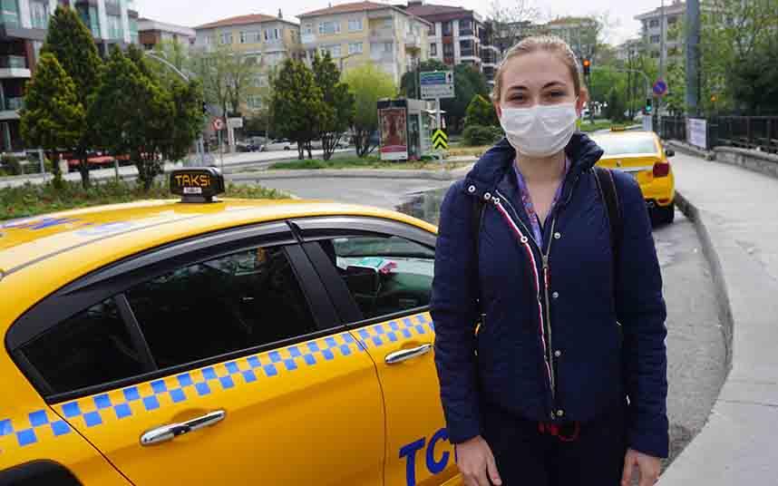 Comienza el transporte gratuito en taxi para los sanitarios en Turquía