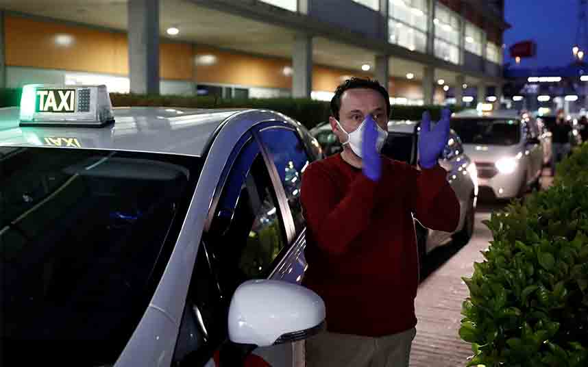 Los taxistas madrileños ya han realizado más de 150.000 servicios gratuitos