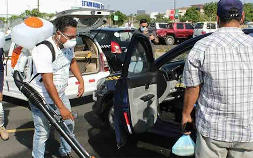 Managua habilita puntos de limpieza para desinfectar los taxis a diario