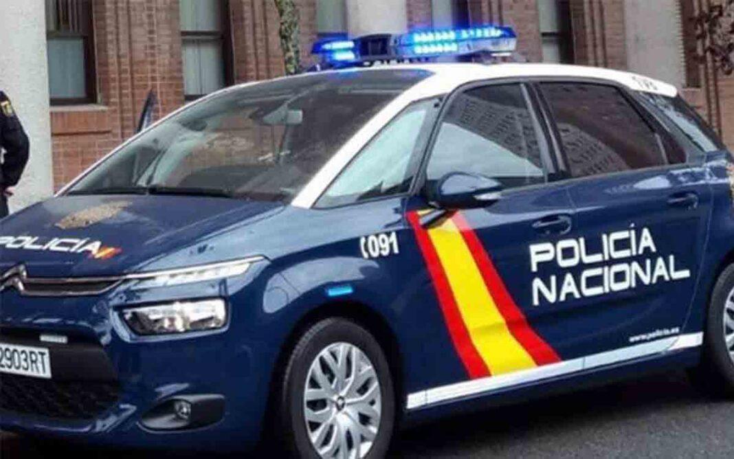 Detenido por amenazar con un cuchillo a un taxista en València para robarle 100 euros