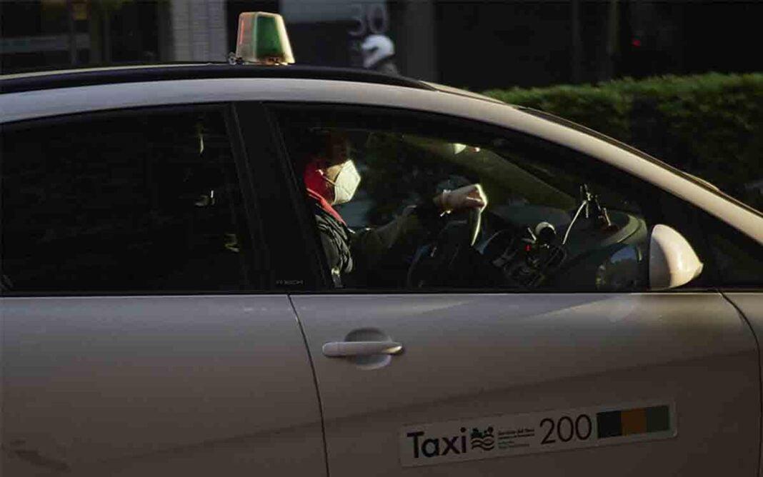 El taxi de Navarra recibirá las ayudas para autónomos