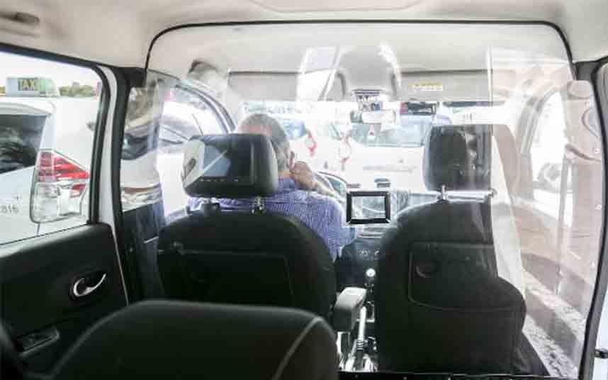 València comprará 4700 mamparas protectoras para los taxis