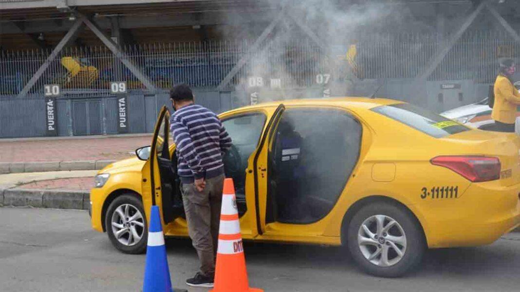 Desinfección gratuita de más de 45.000 taxis en Bogotá