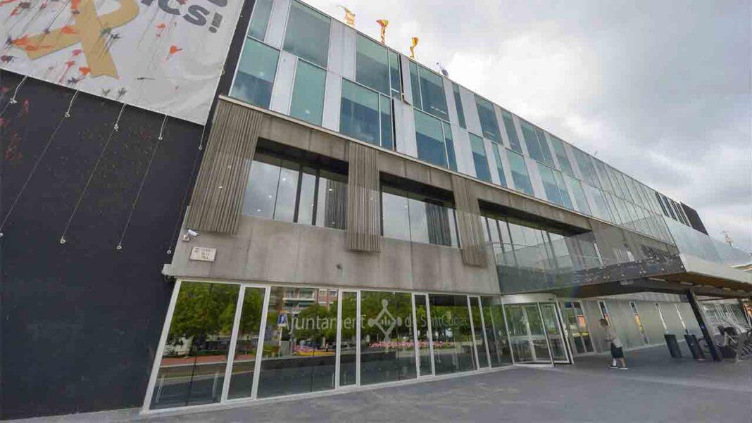 El Ayuntamiento de San Cugat del Vallès lanza una prueba ilegal de transporte a demanda