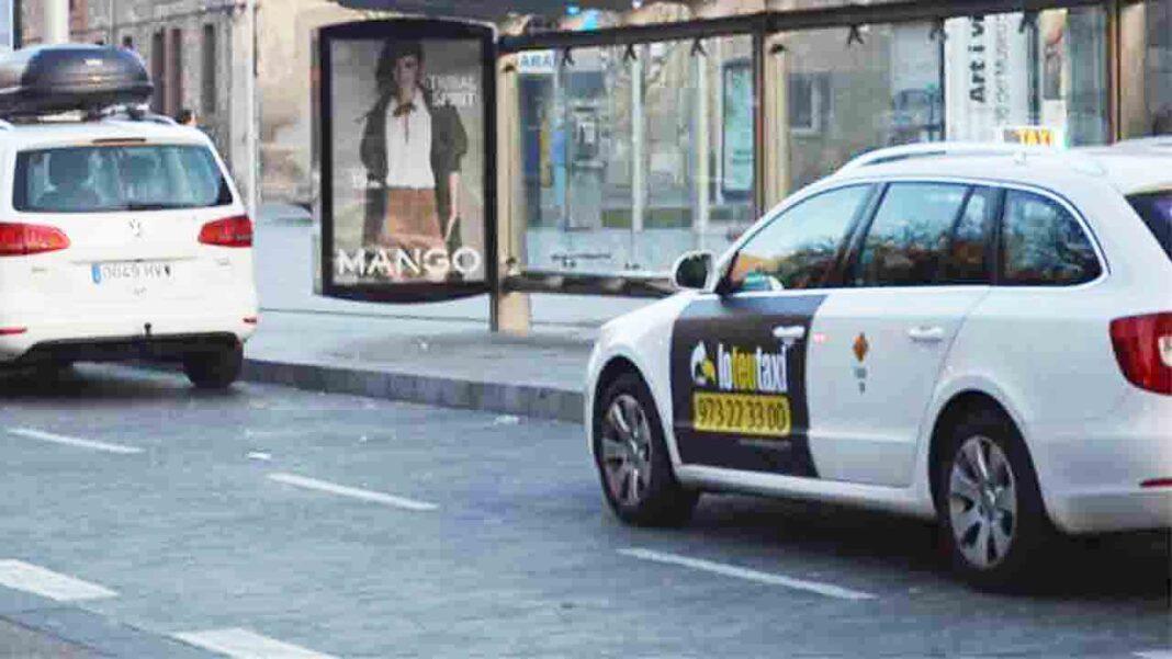 Un hombre atraca con un cuchillo a dos taxistas en Lleida