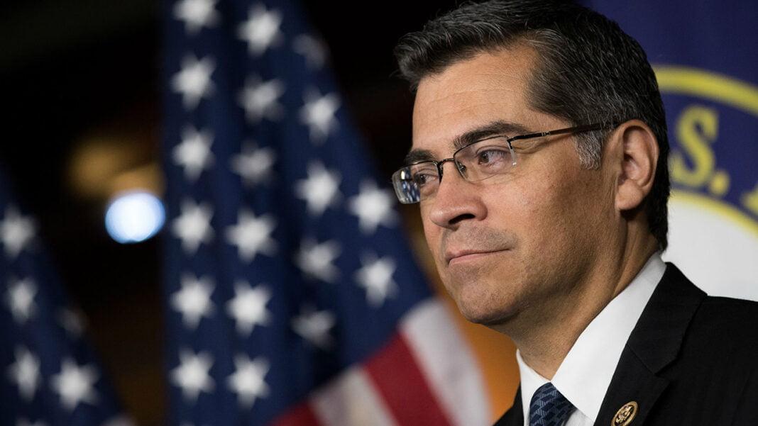 Aumenta la presión sobre Uber y Lyft en California por la ley de los trabajadores