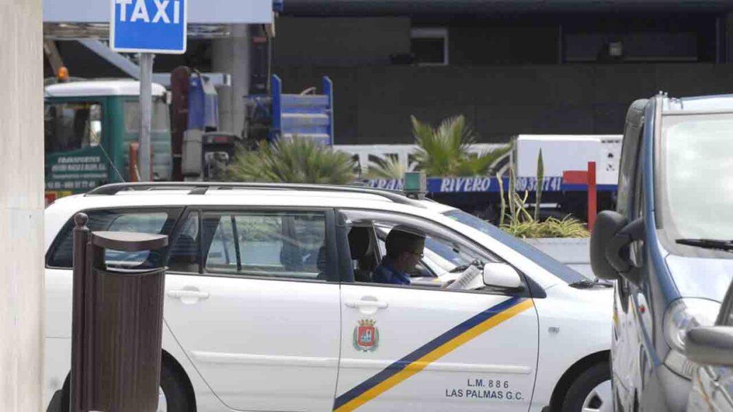 Atraca a dos taxistas en Las Palmas en dos horas