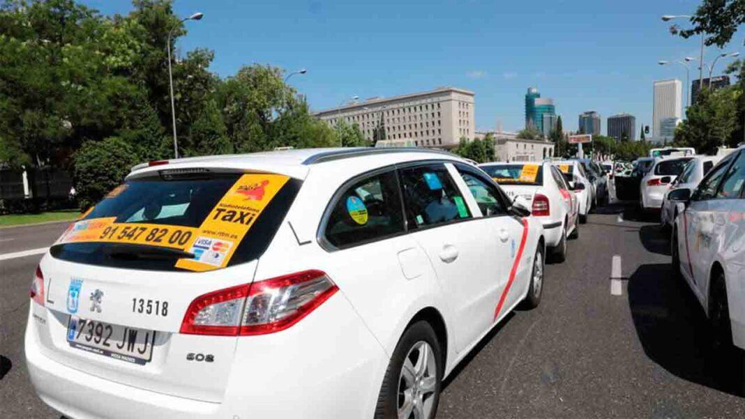 El taxi de Madrid exige a Almeida ayudas para el sector tras la pandemia