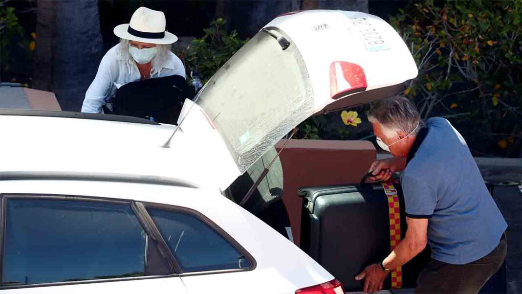 Los taxistas de Madrid exigen a Almeida una reducción del 50% de la flota
