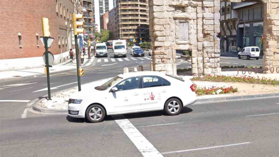 Detenido en Zaragoza por agredir a un taxista y robarle el vehículo