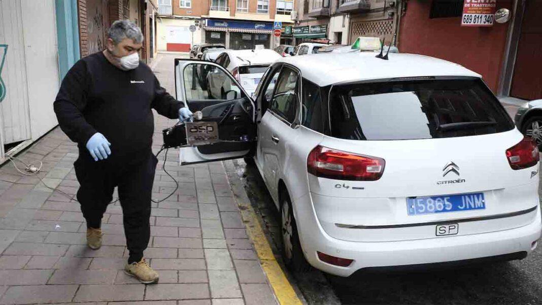 El Ayuntamiento de León hace que el taxi vuelva a operar con la flota al 100%