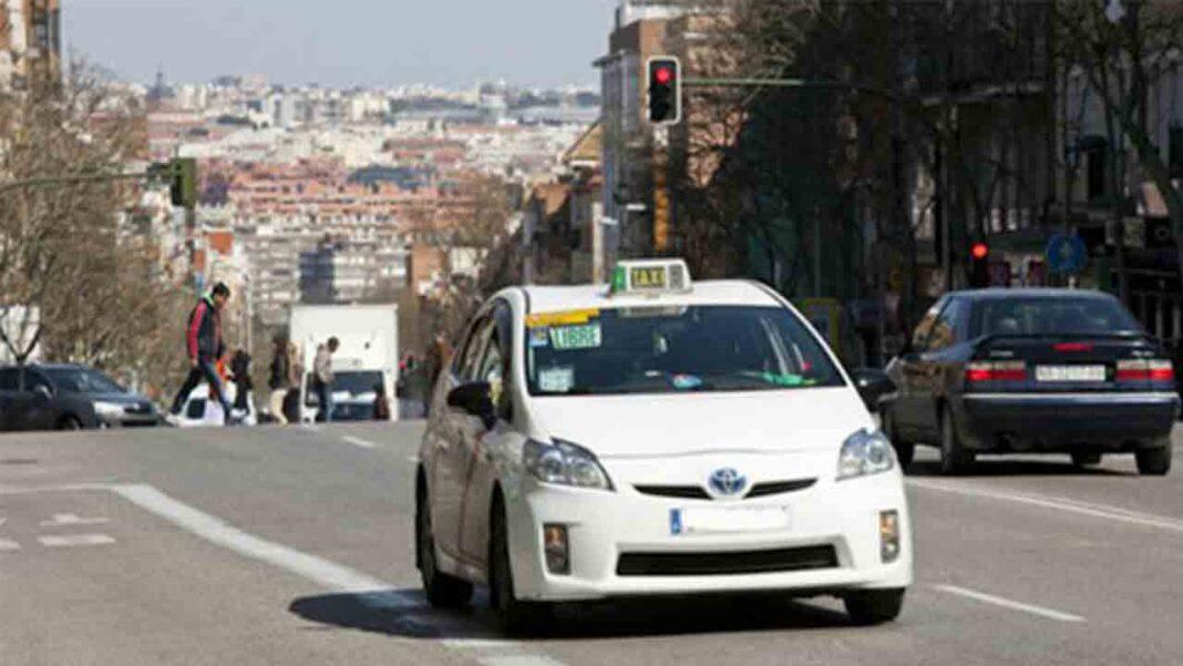 El taxi de Madrid exige un plan de choque ante la falta de demanda