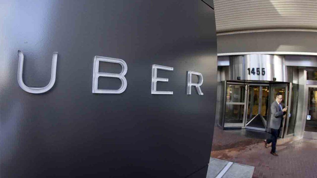 México cambiará la ley para reconocer como empleados a los conductores de Uber y DiDi