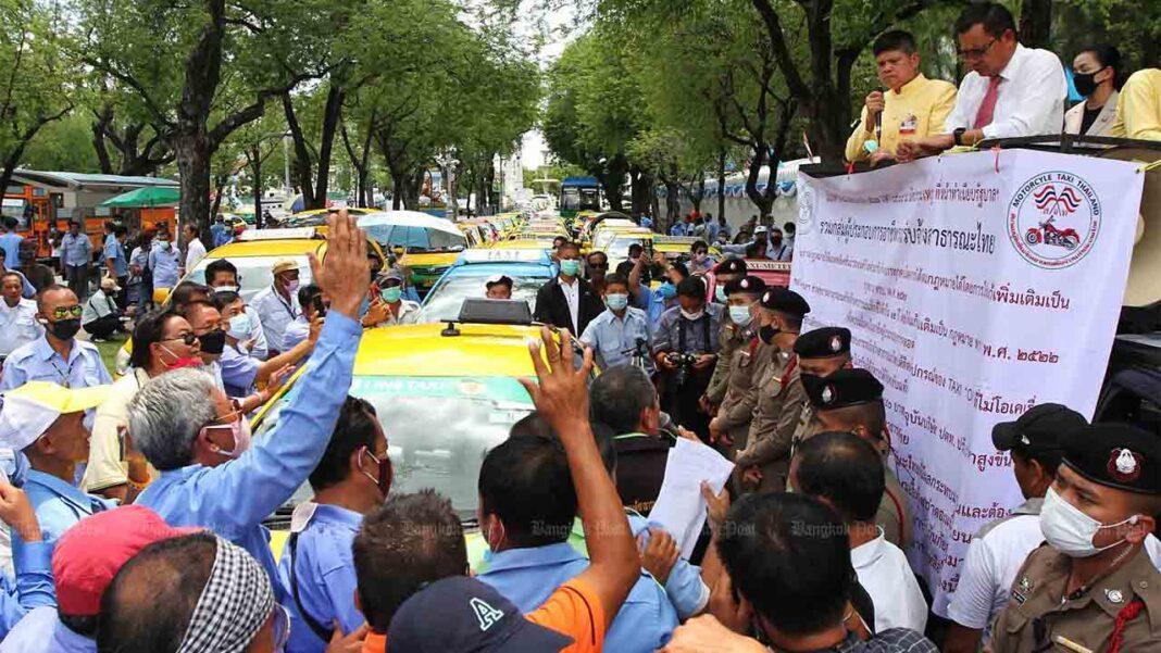 Protesta de los taxistas tailandeses en Bangkok