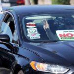 Caravana de conductores de Uber en el condado de Orange (EE.UU.) contra la proposición 22
