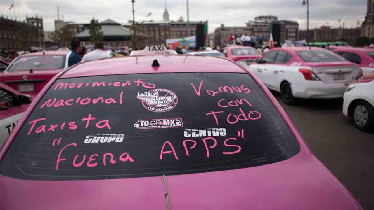 ¿Conseguirán los taxistas mexicanos deshacerse de la competencia desleal de Uber, Cabify y Didi?
