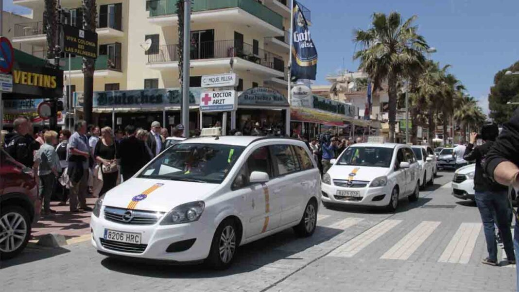 El Consell del Govern reduce la flota de taxis al 20% por la crisis de la Covid