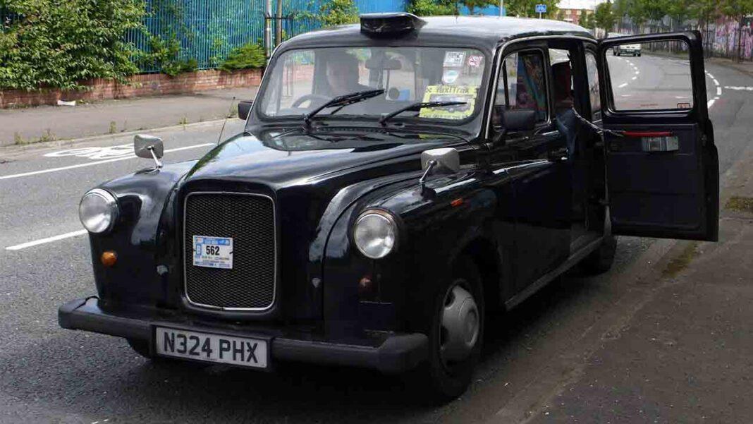 Irlanda aprobará un plan de ayudas para los taxistas de Belfast