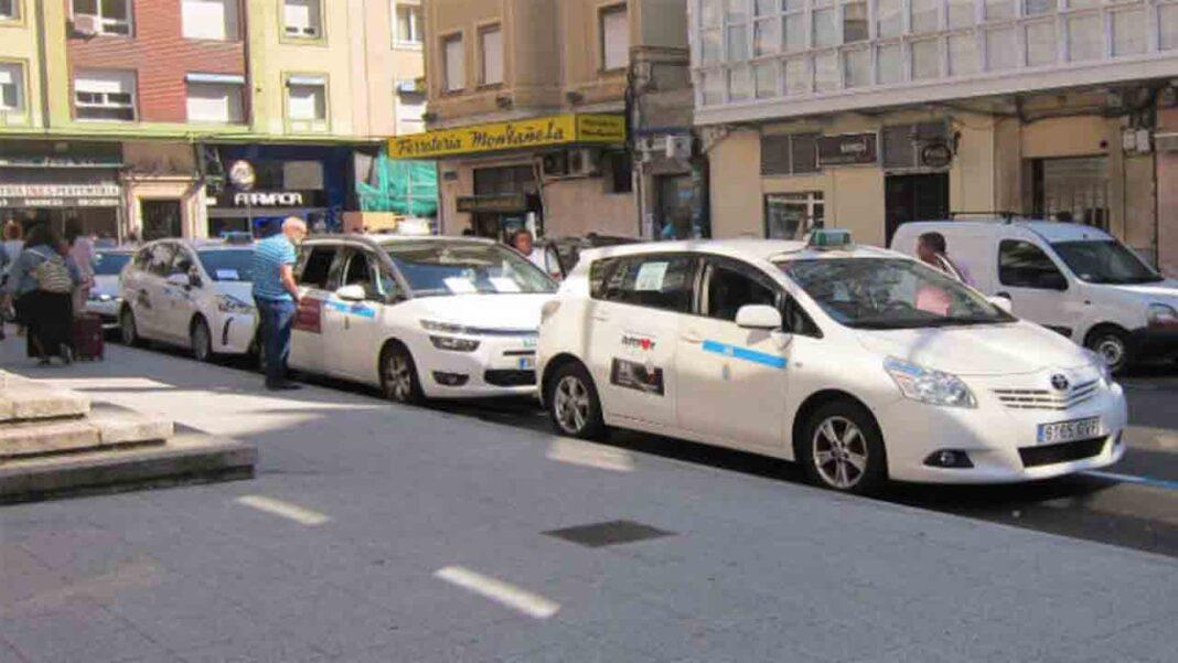 Los taxistas de Santander barajan la posibilidad de aumentar el número de taxis si sube la demanda en Navidad