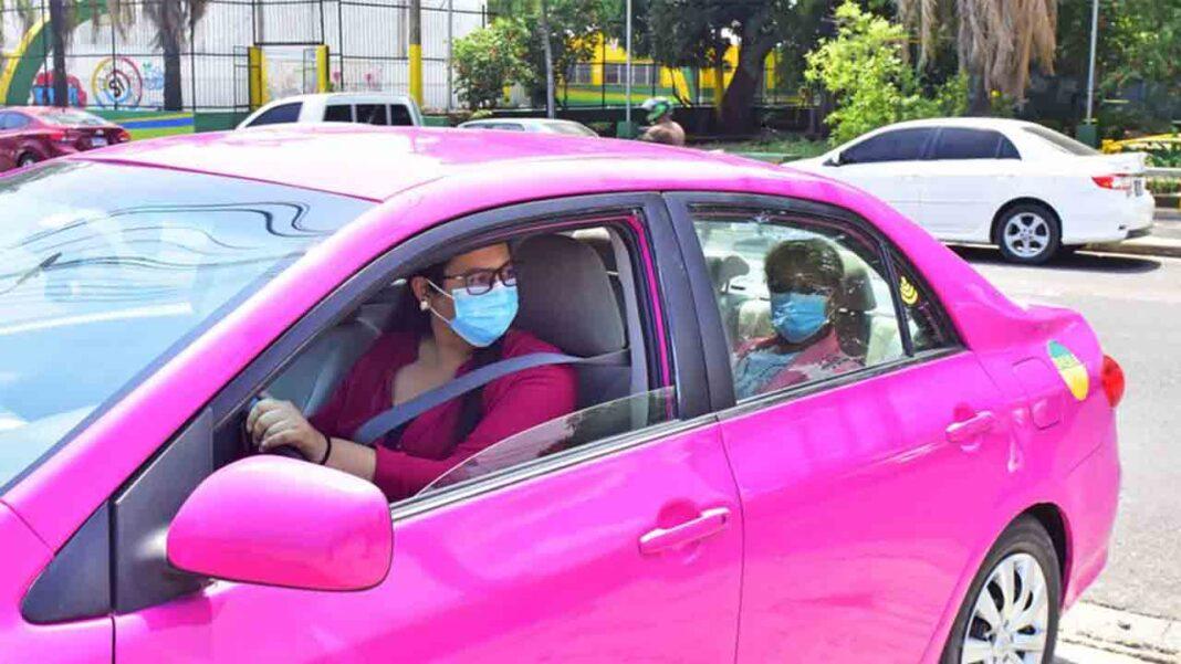 Taxis rosas en Honduras especial para las mujeres