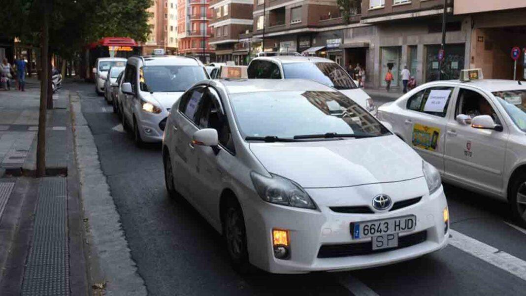 El sector del taxi de Zaragoza solicita ayudas al Gobierno de Aragón