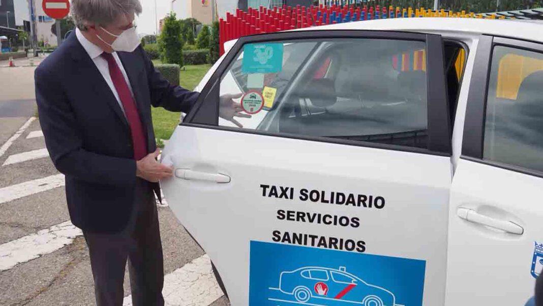 Elite Taxi pide a Pablo Iglesias y a Ábalos que se involucren con el sector