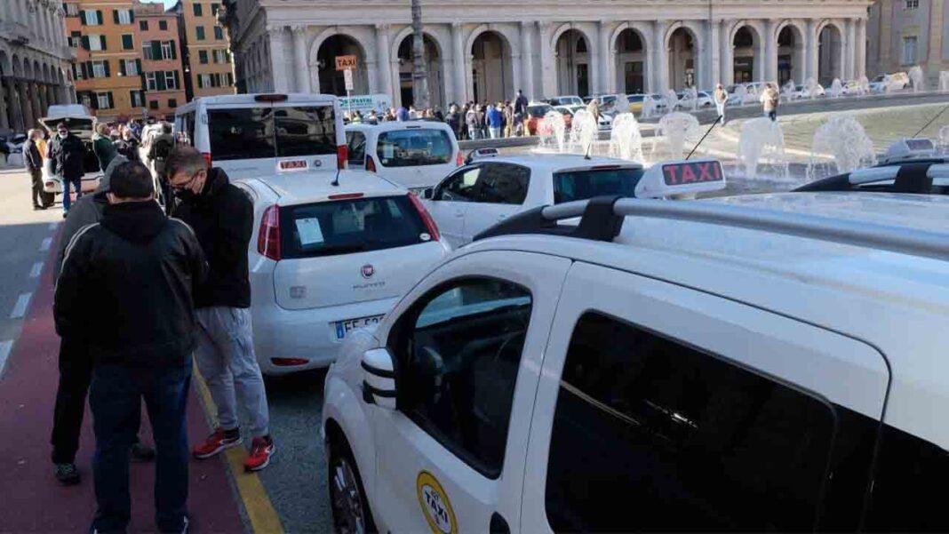 Grandes protestas del sector del taxi en varias ciudades de Italia