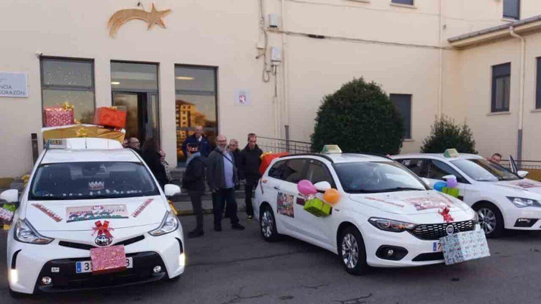 Los taxis de León llevarán a los mayores gratis a ver la decoración de Navidad