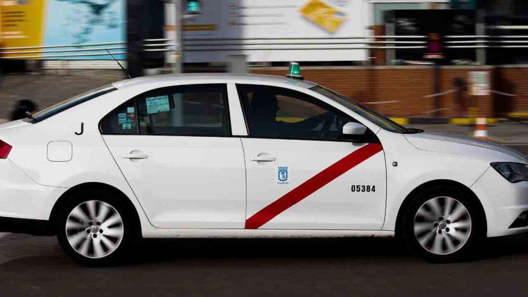 Comienza a funcionar el servicio de taxi a demanda en la Sierra Norte de Madrid