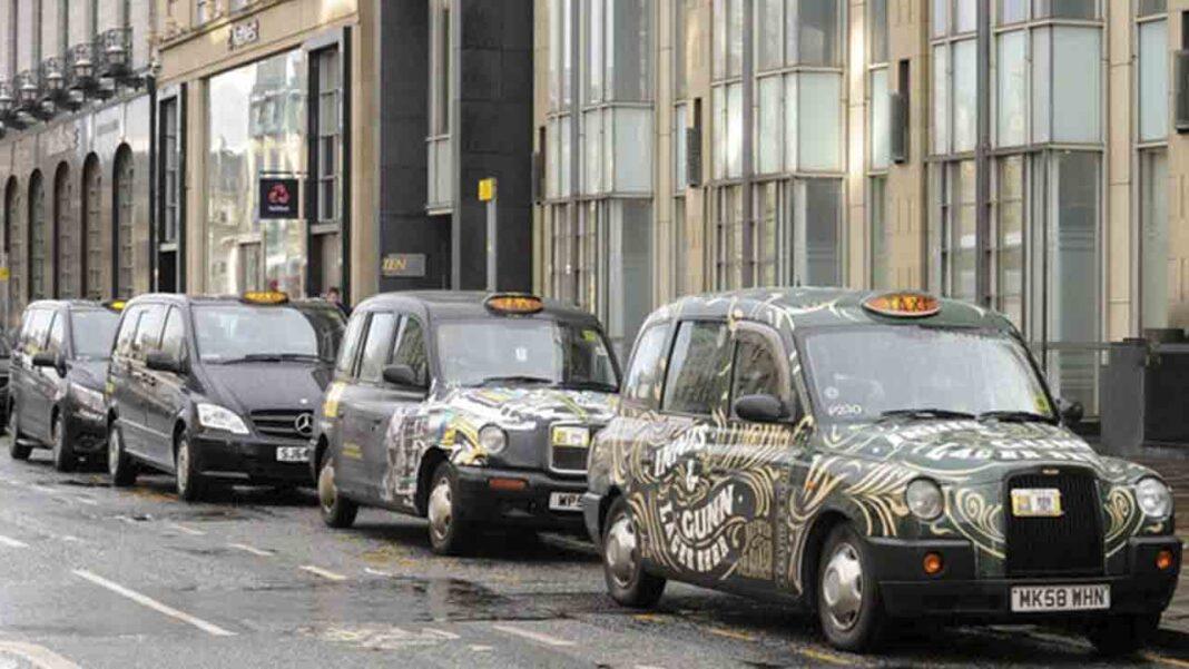 El Gobierno de Escocia deja a los taxistas tirados sin ayudas