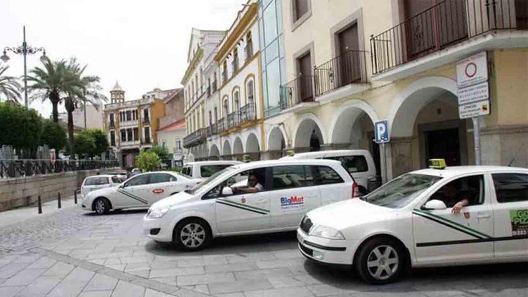 Mérida deberá de incorporar las seis nuevas licencias de taxi que creó el PP en 2015