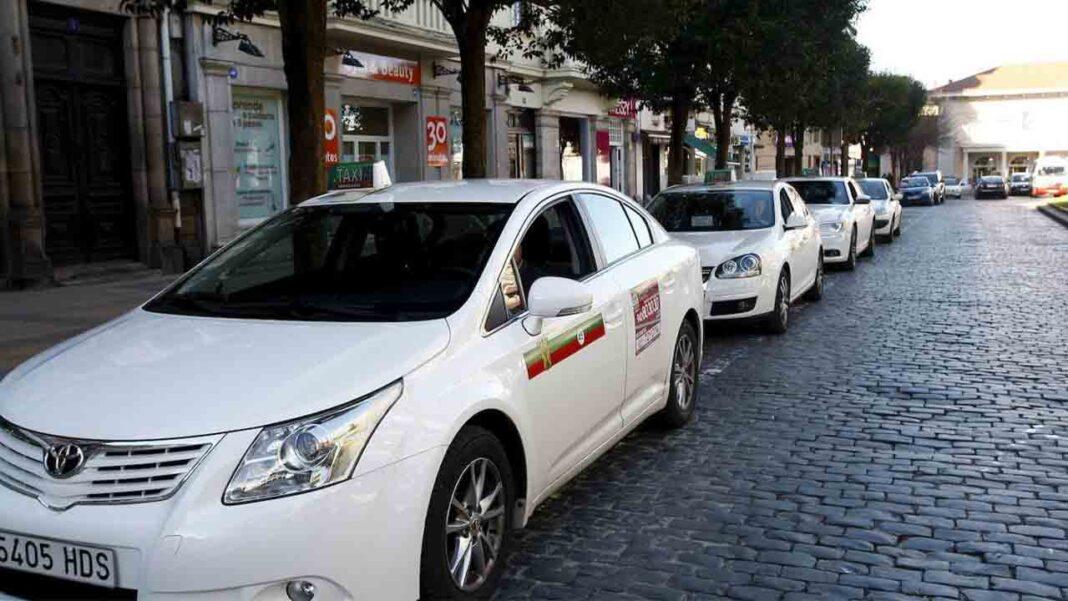 Torrelavega presenta la nueva ordenanza del taxi