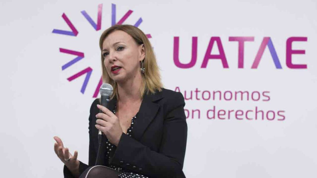 UATAE, Taxi Project y Élite Taxi plantean medidas para las ayudas al sector