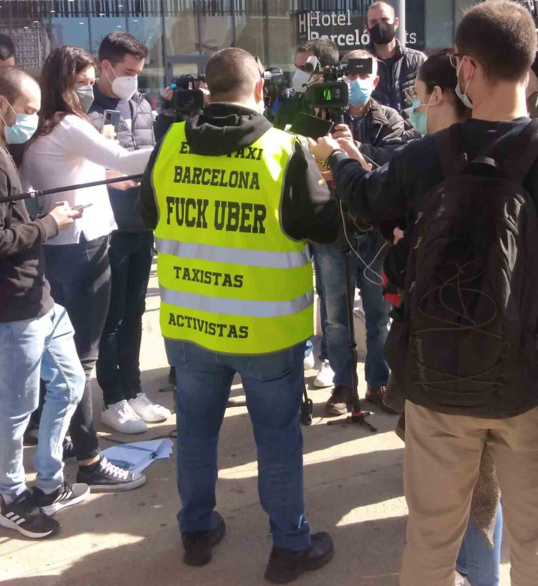 Movilización de los taxistas el jueves contra la intrusión de Uber en Barcelona