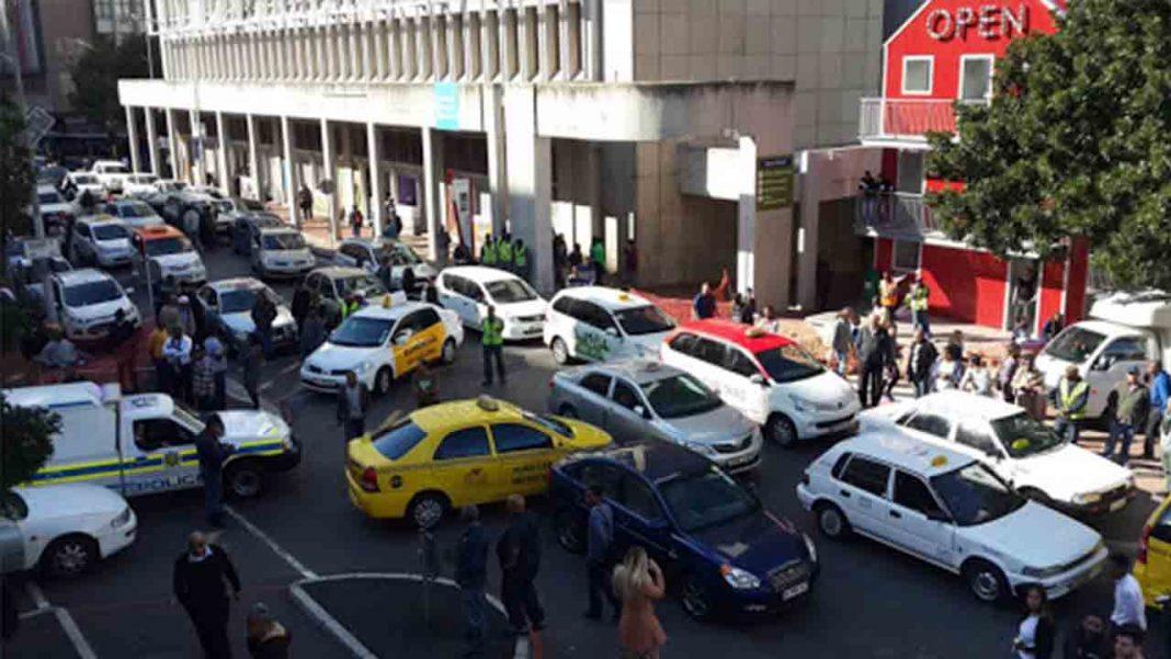 Uber se enfrenta a una gran demanda en Sudáfrica por lo derechos de los trabajadores