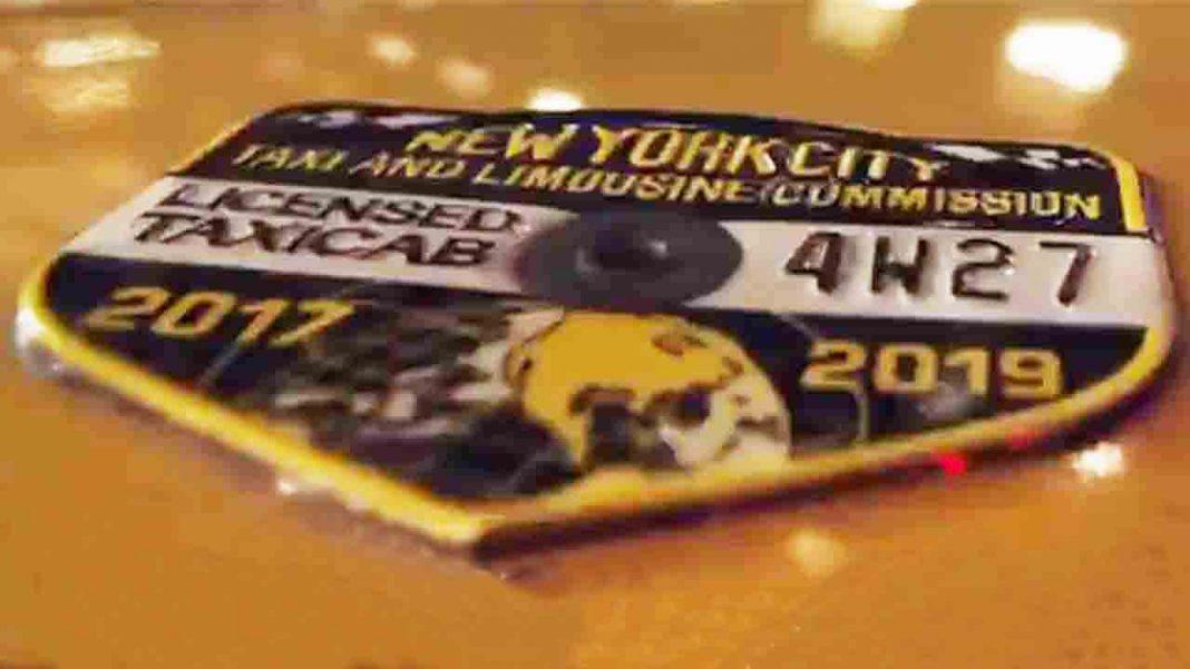 Ya no puedes encontrar un taxi en Nueva York. Los precios de Uber se están disparando
