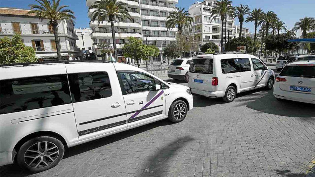Podemos rechaza la nueva ordenanza del taxi de Sant Antoni