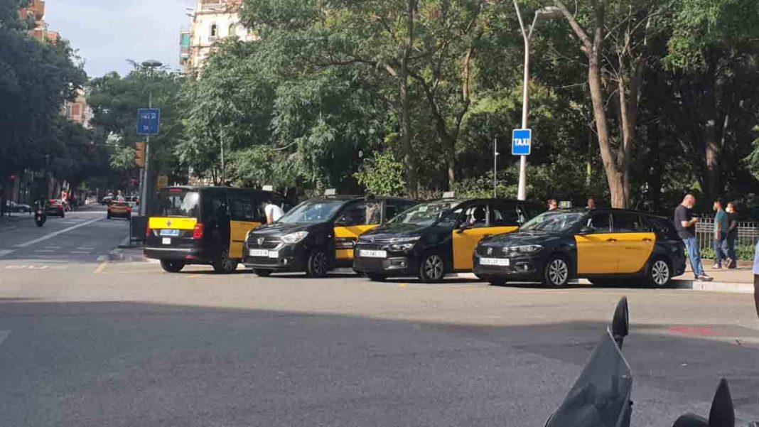 Los taxistas de Barcelona volverán a movilizarse en las calles